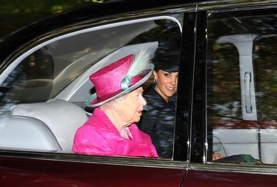哈利梅根鬧翻白金漢宮 王室回頭讚凱特