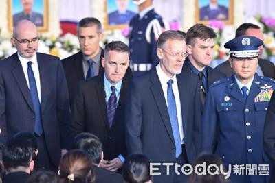 黑鷹殉職8將士聯合公祭 美國防部現役准將現身致意