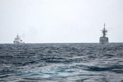 印尼中國船艦南海對峙照曝光