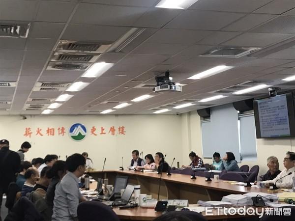 新竹關西羅家想復礦 環團居民喊不…水泥產業東移會失敗