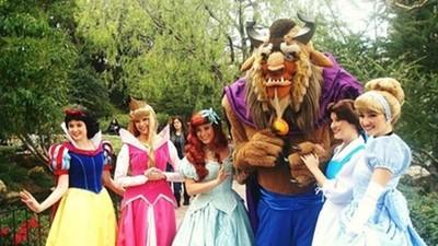 最夢幻職業!迪士尼樂園「公主」入選標準高:顏值、身材勻稱、氣質