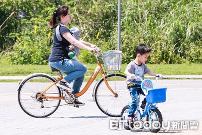 解禁了!3月起自行車能「合法載童」