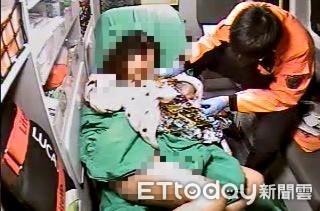胎兒等不及「出頭」救護車上急產接生