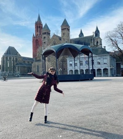 ▲子瑜荷蘭、比利時度假。(圖/翻攝自Instagram/TWICE)