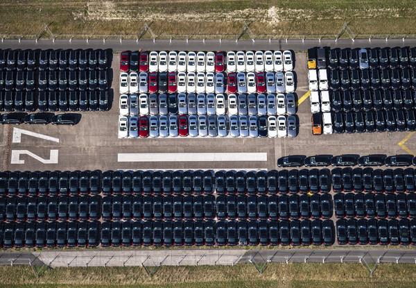 亞洲人特「瘋」三芒星休旅 賓士2019年全球熱賣近234萬輛新車(圖/達志影像/美聯社)