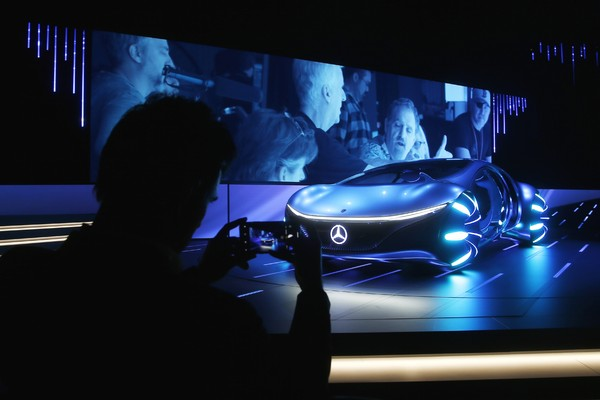 亚洲人特「疯」三芒星休旅 宾士2019年全球热卖近234万辆新车(图/达志影像/美联社)