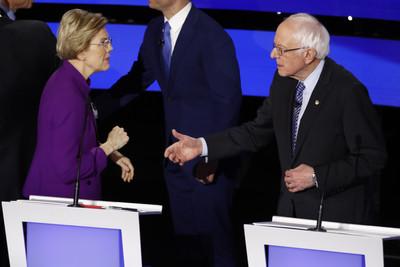 CNN:華倫與桑德斯在辯論會後互嗆騙子