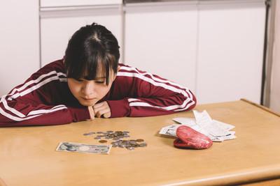 血汗妹「賺6萬還房貸」 過來人驚會出事