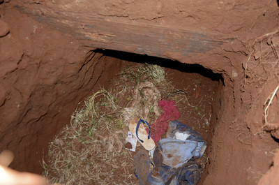 巴拉圭典獄長放大假 75囚犯「堆200沙包挖地道」越獄成功