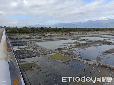 春節台東環保局維持水覆蓋措施維護