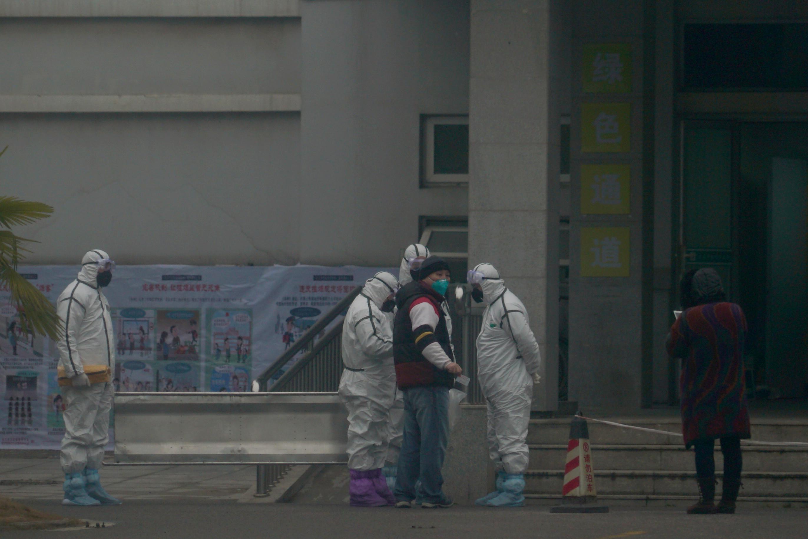 時間拉回2003「SARS房價狂崩」 遭WHO排擠的台灣:醫療管制全靠自己
