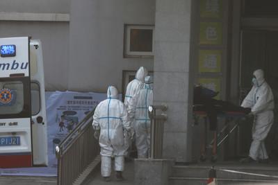 決戰點在醫院!武漢醫爆群聚感染
