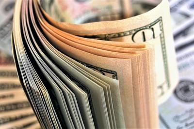 貿易戰搗亂!企業籌資首見過半數來還債