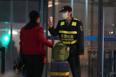 法外交部:派巴士撤離困武漢僑民