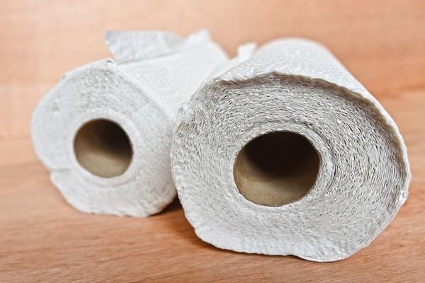 ▲澳洲網紅試圖用紙巾將泳池內的水吸乾。(圖/取自免費圖庫Pixabay)