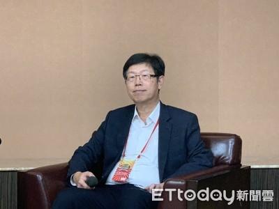 劉揚偉喊鴻海今年目標成長3~5% 車電攜手FCA最快2022年量產