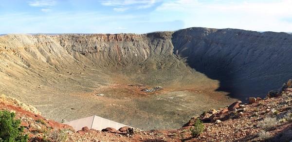 最古老22亿年前陨石坑,撞出70公里大洞让地球脱离冰河期