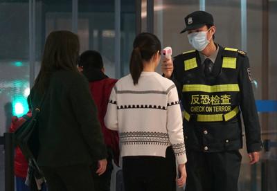 武漢女子強闖引恐慌 法衛生部澄清暫無肺炎病例