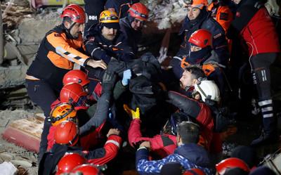 921土耳其火速來台救援 台救難隊待命赴土