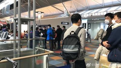 遭上海旅客舉報 19武漢人被隔離