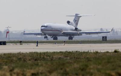 美撤僑包機飛離武漢 240人將抵加州