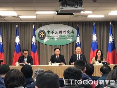 華航改名「台灣航空」再掀討論 吳釗燮:錯在世衛誤導
