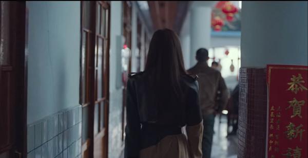 ▲《愛的迫降》好台!出現台灣宮廟春聯 新莊里長名字也入鏡。(圖/Netflix提供)