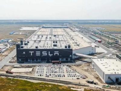 陸1月份汽車生產減少24.6%