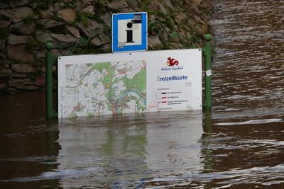 風暴襲歐洲釀洪災 澳洲大雨滅山火