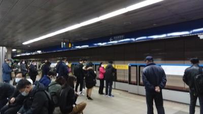 台北捷運板南線異常 僅單向行駛