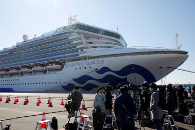 鑽石公主號曾抵沖繩9hrs 1導覽員現疑似症狀