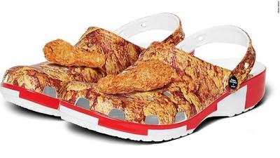 腳上散發雞肉香! 肯德基與Crocs合作「有味炸雞鞋」越走會越餓