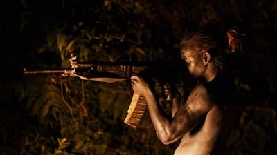 蒼蠅王現代版!《失控少年兵團》叢林殺戮求生 反映哥倫比亞內戰真實情況