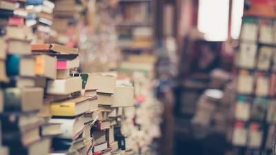 心臟病猝逝獨居老人「 書堆到天花板」  清掃員嘆:死後什麼也帶不走