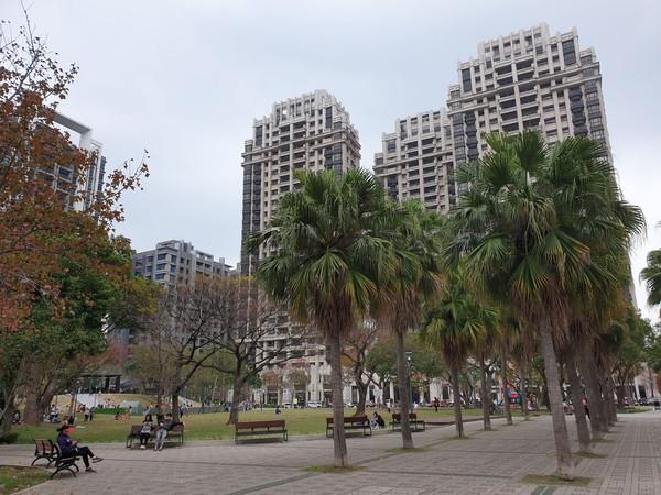 薪資水平高!竹科工程師不到30歲就買房 中古大樓3房500萬起好入手