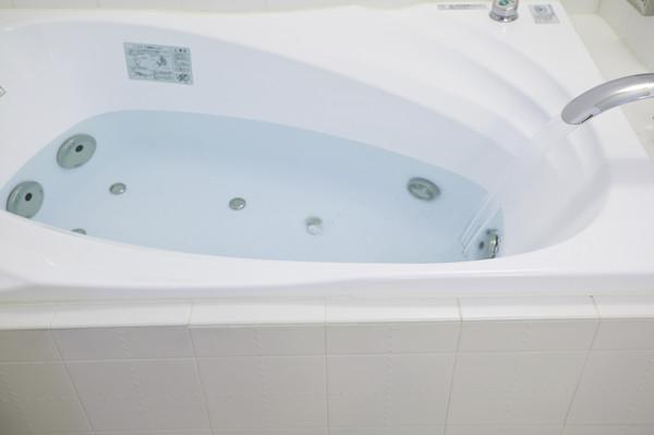 ▲▼浴缸。(圖/達志影像/示意圖)