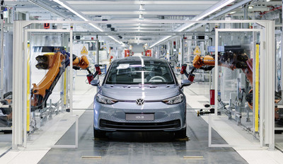 福斯喊出年產150萬輛電動車目標 不讓特斯拉專美於前