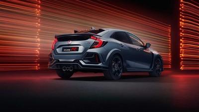 Honda Civic Type R Sport Line 換上小尾翼性能不打折