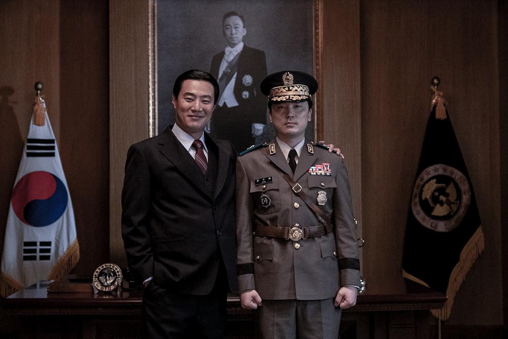 ▲▼電影《南山的部長們》改編自韓國歷史真實事件(劇照/翻攝自IMDb)