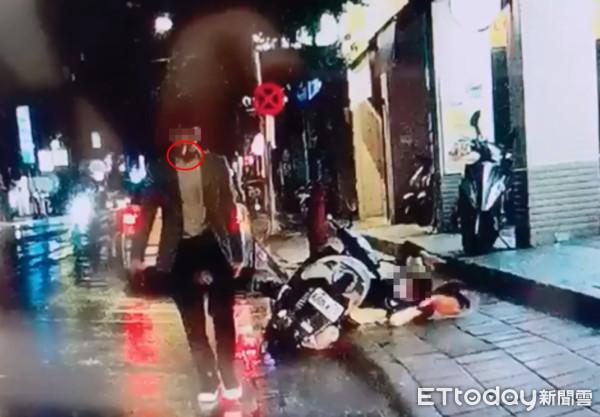▲▼新店隨機殺人案,騎士枉死。(圖/記者黃彥傑翻攝)
