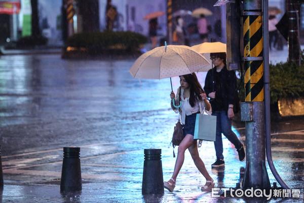 深夜變天「一路下到下周」 清明連假雨區、水氣最多時間曝光