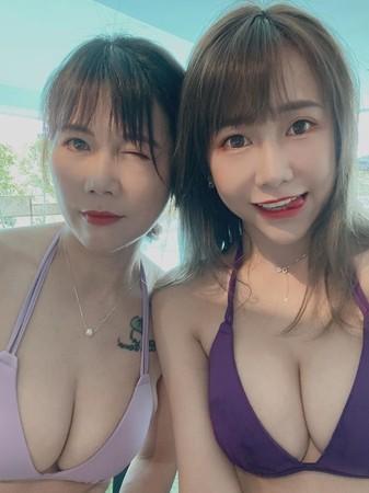 ▲董梓甯曬出媽媽照片,震驚不少網友。(圖/翻攝董梓甯臉書)