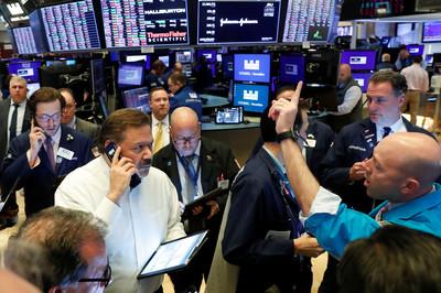 美股三大期貨持續飆漲 道瓊期大漲逾500點
