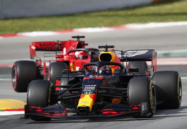 F1赛车因肺炎延赛让倍耐力都哭了 取消一场得先报废1,800条轮胎(图/达志影像/美联社)