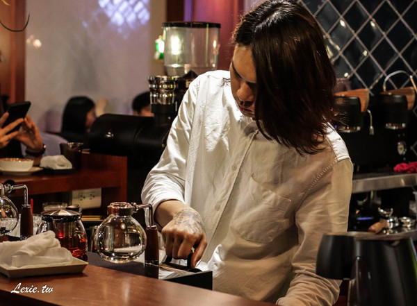 ▲▼鵲Kasasagi Coffee Roasters。(圖/Lexie`s Blog 寫食派提供,以下皆同,請勿隨意翻拍以免侵權。)