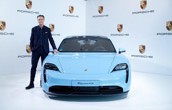 保时捷2019年热销28万辆新车 品牌营业额上看285亿欧元(图/翻摄自保时捷)