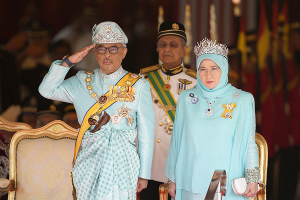 馬來西亞皇宮7職員染疫 蘇丹急做檢測…結果出爐了!