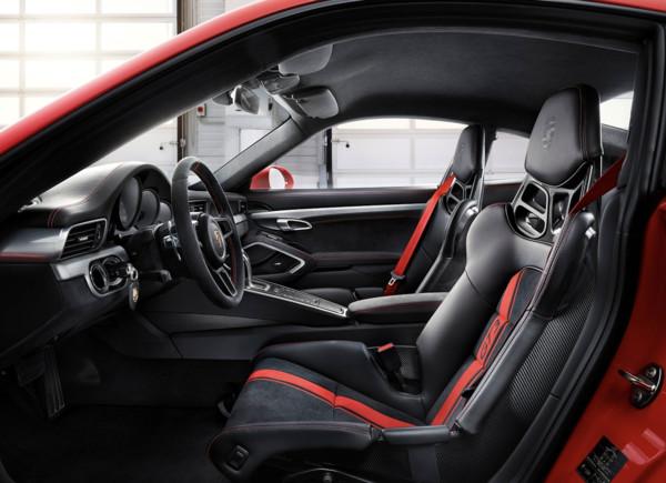 ▲2018保時捷911 GT3內裝。(圖/翻攝自Porsche)