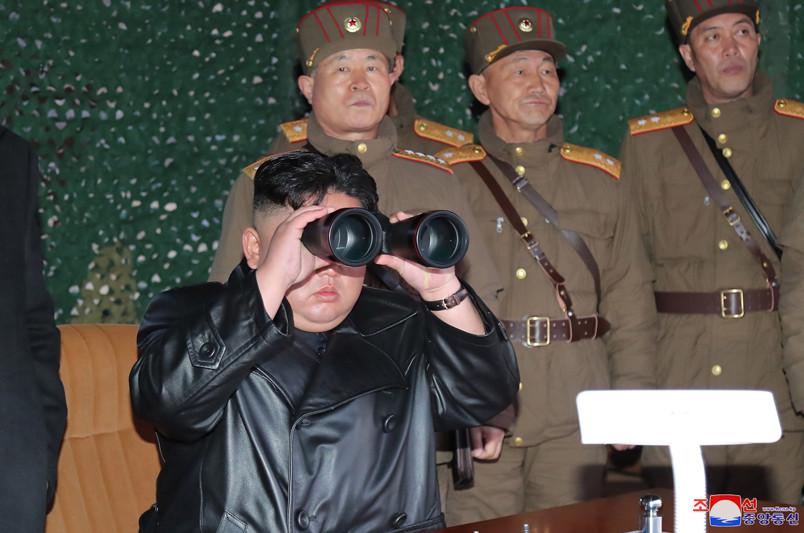 ▲▼ 北韓試射/金正恩21日視察戰術誘導武器試射。(圖/朝中社)