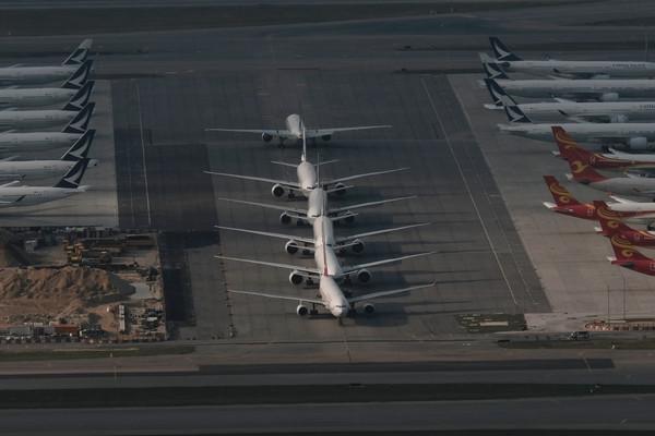 ▲▼          機場客滿   。(圖/路透)